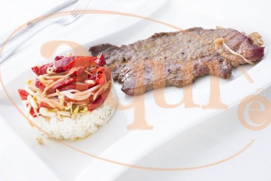 Filete de ternera con pimiento rojo