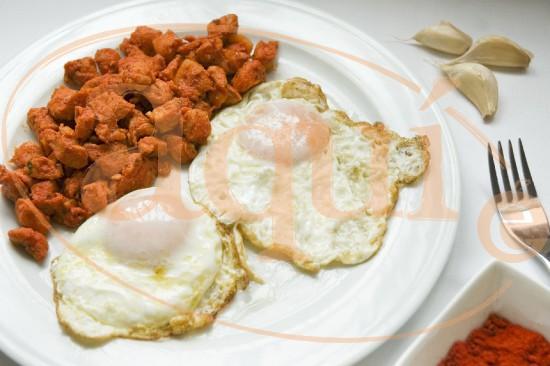 Huevo frito con zorza