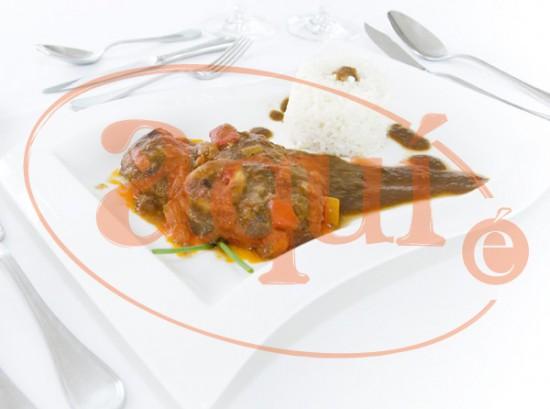 Ossobuco en salsa con arroz