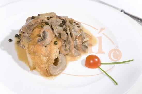 Pechuga de pollo a la pimienta verde