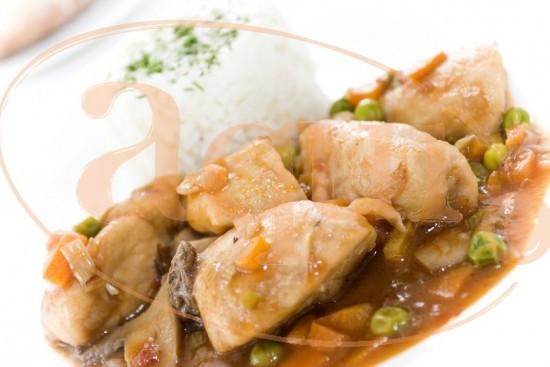 Pechuga de pollo con salsa española
