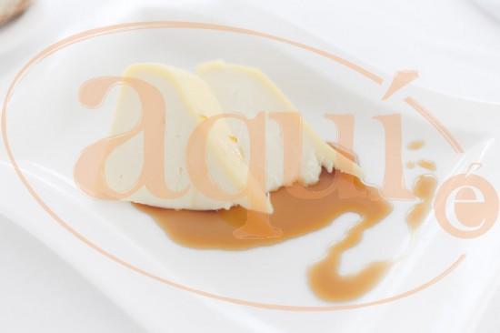 Queso Tetilla con miel